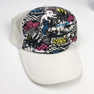VANS Off The Wall Vintage Snapback Trucker Hat